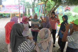 Outbound Recreational Keluarga Besar Operator Pendidikan UPTD Nglegok Blitar